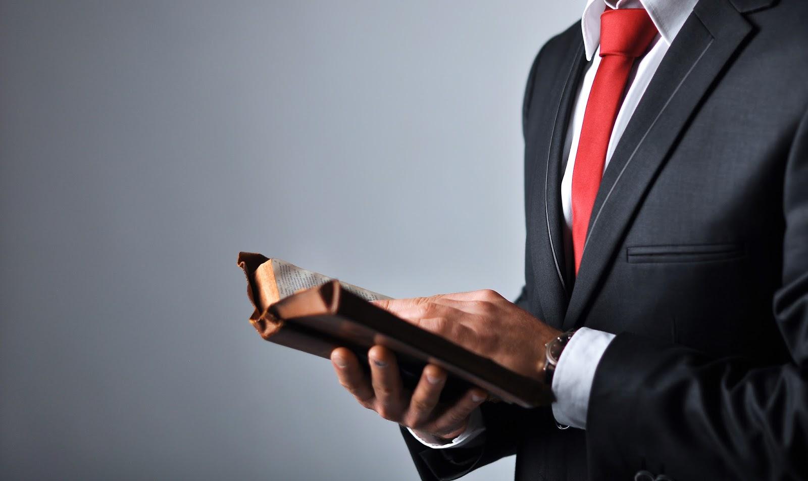 El abogado en el tiempo de vida y juicio