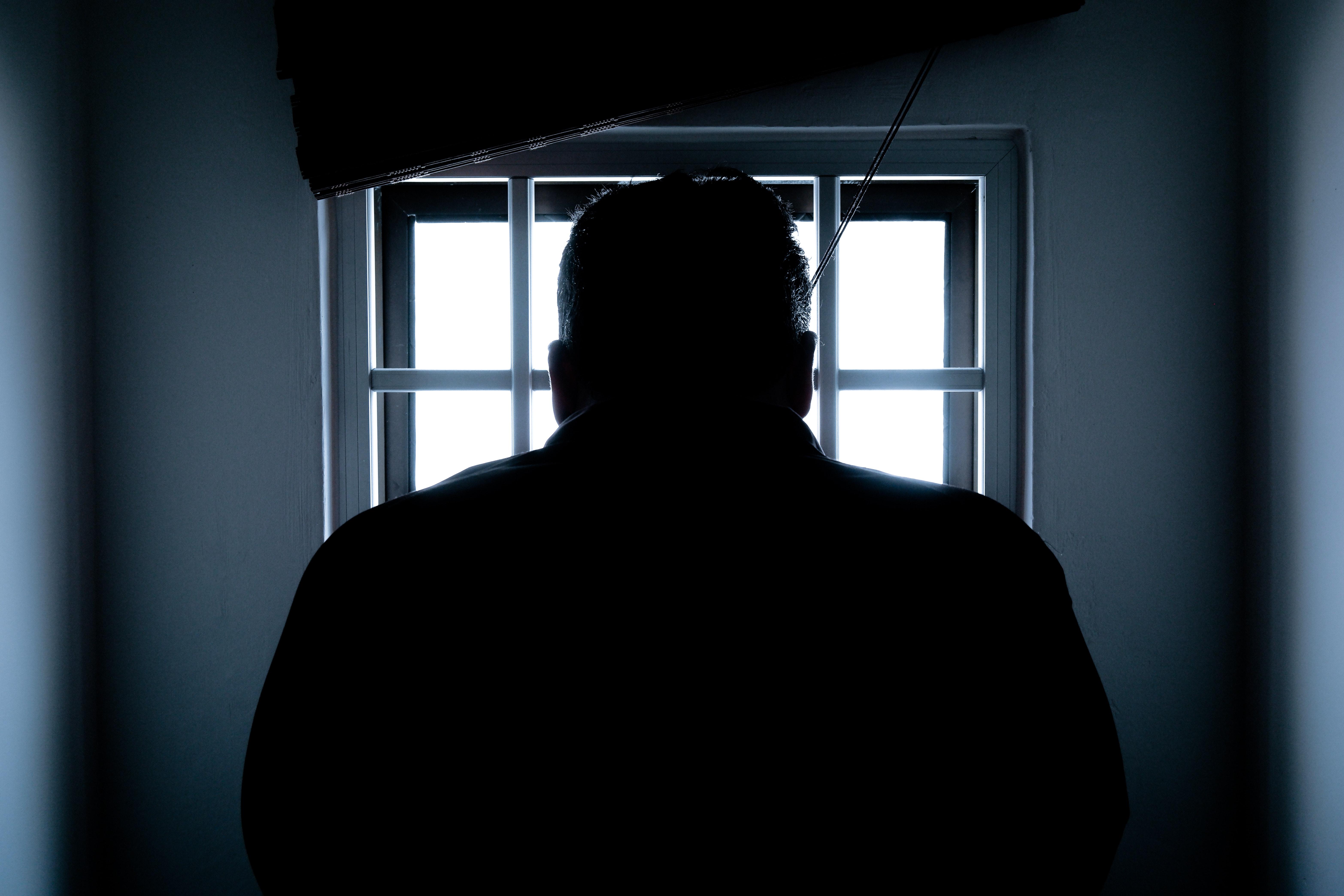 backlit-crime-dark-143580