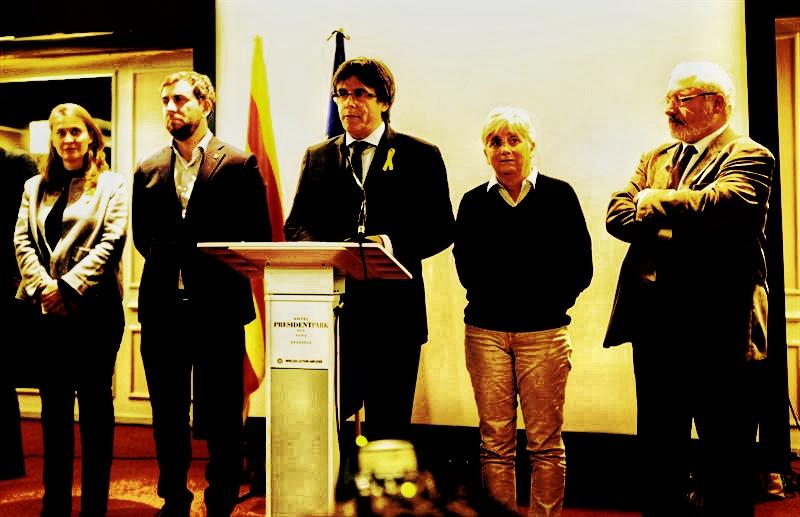 Portazo del Supremo :  Confirma la rebeldía de Puigdemont y sus cuatro exconsellers, e impide a Forn salir de la cárcel #CompartirConocimiento