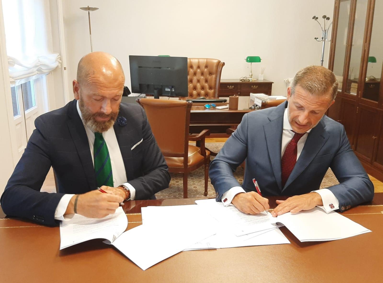 Urraza, Mendieta & Asociados firma una alianza estratégica con Visualiza Legal