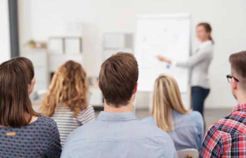 ¿Dónde se entiende localizado un curso de formación profesional a efectos de IVA? Se asienta el criterio de Europa #CompartirConocimiento