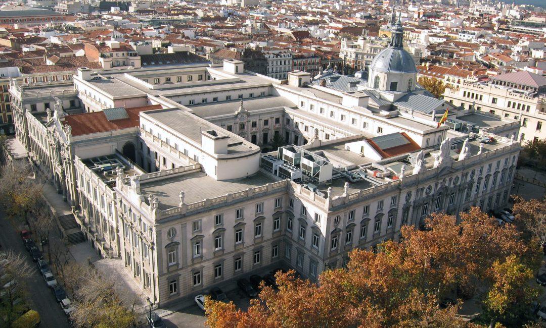 Interinidad por vacante: válida extinción del contrato por cobertura de la plaza
