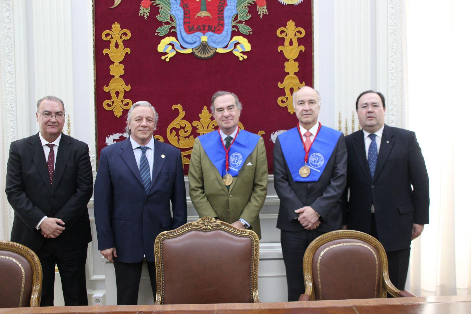 El Decano del ICAM es condecorado con el Gran Collar Iberoamericano de Victimología y la Medalla de la Sociedad de Estudios Internacionales