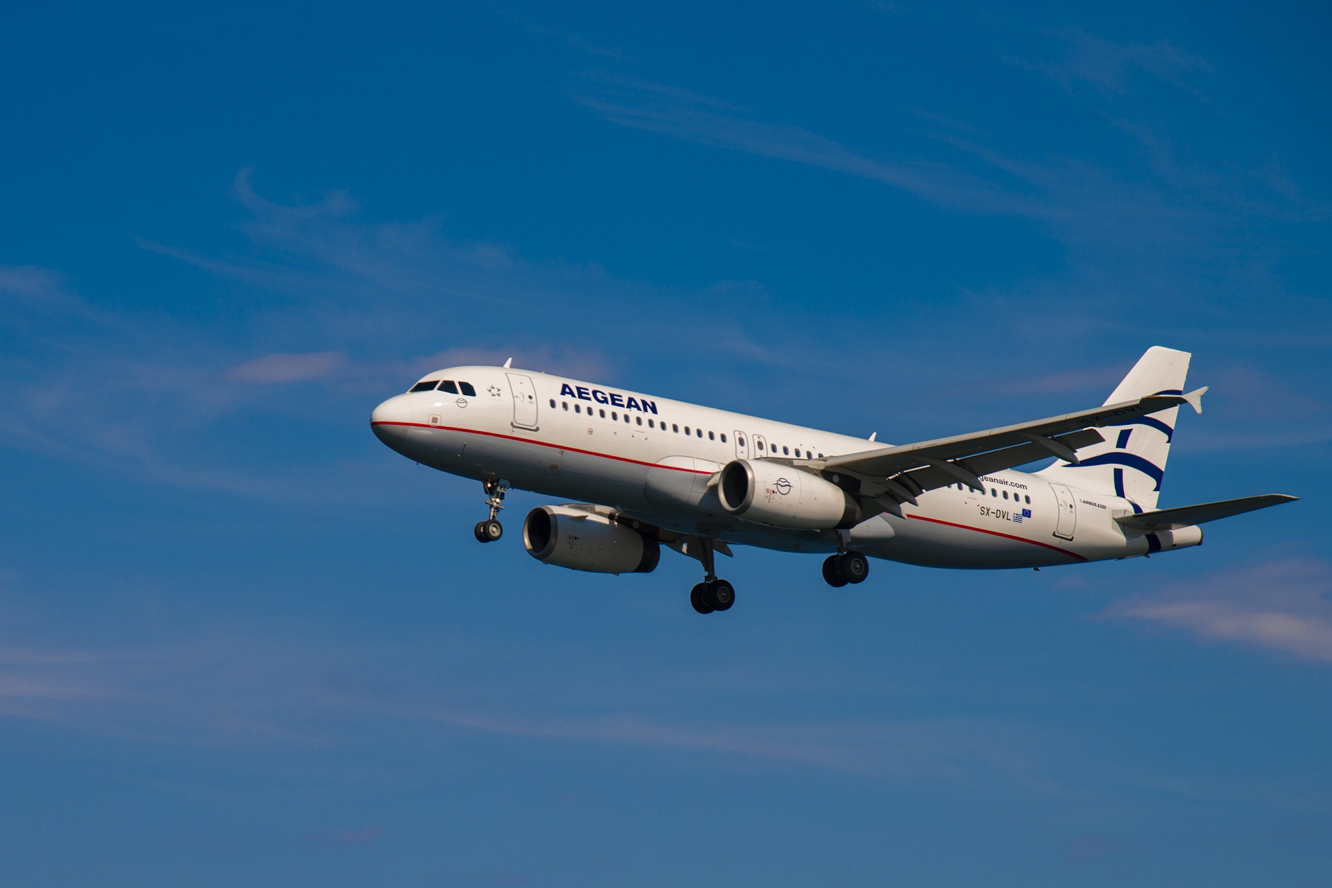 ¿Cuánto vale el daño moral padecido si tu avión se retrasa cuatro horas?