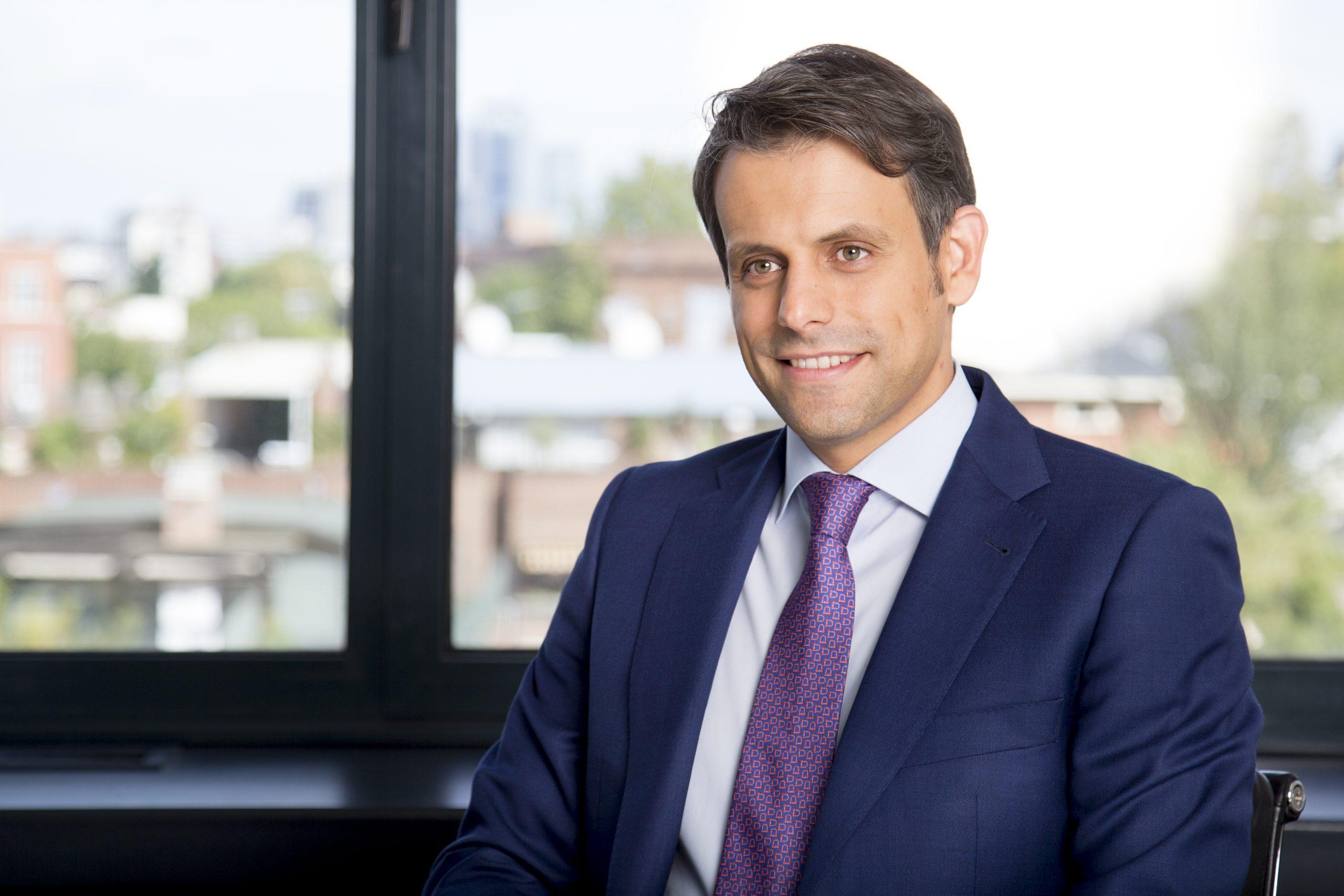 Latham & Watkins asesora a Cerner en la venta de una unidad de negocio con activos en España a CompuGroup Medical