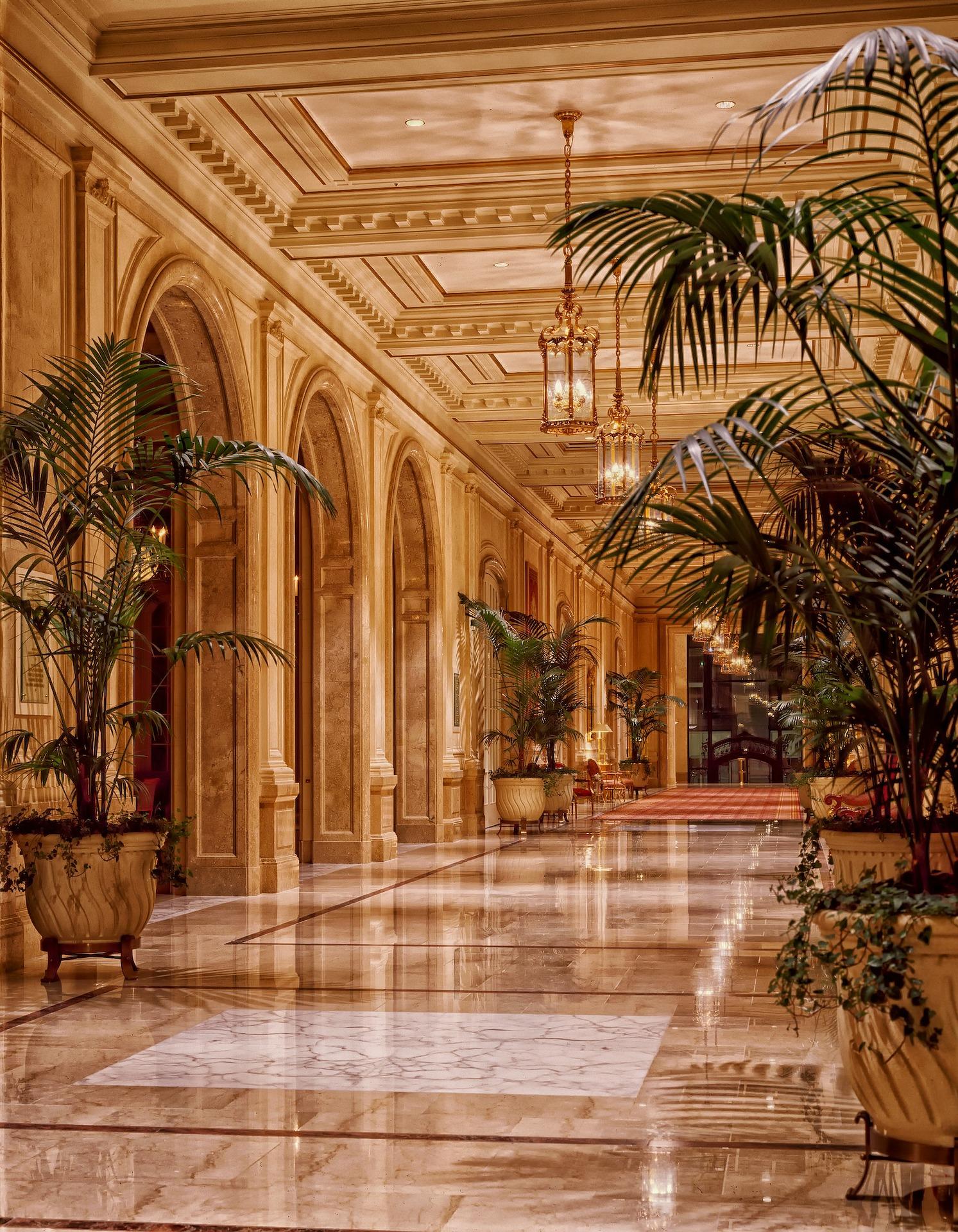 sheraton-palace-hotel-398845_1920