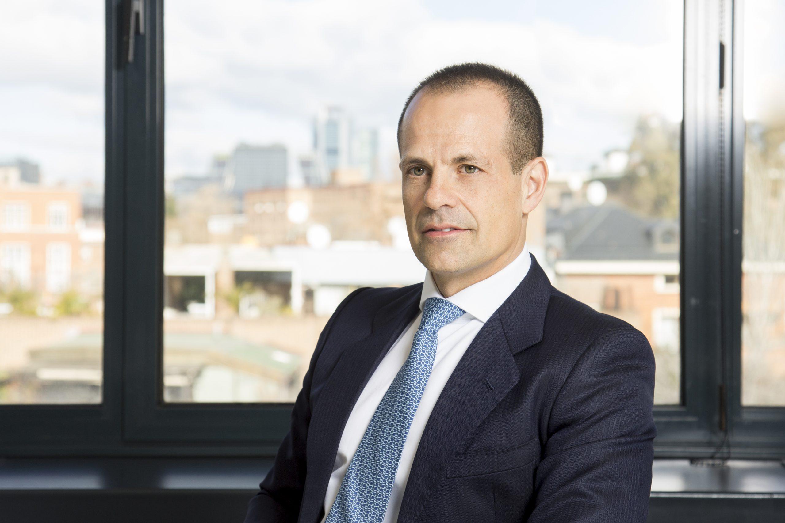 Latham & Watkins asesora a Inflexion en la compra del 40% de Auxadi