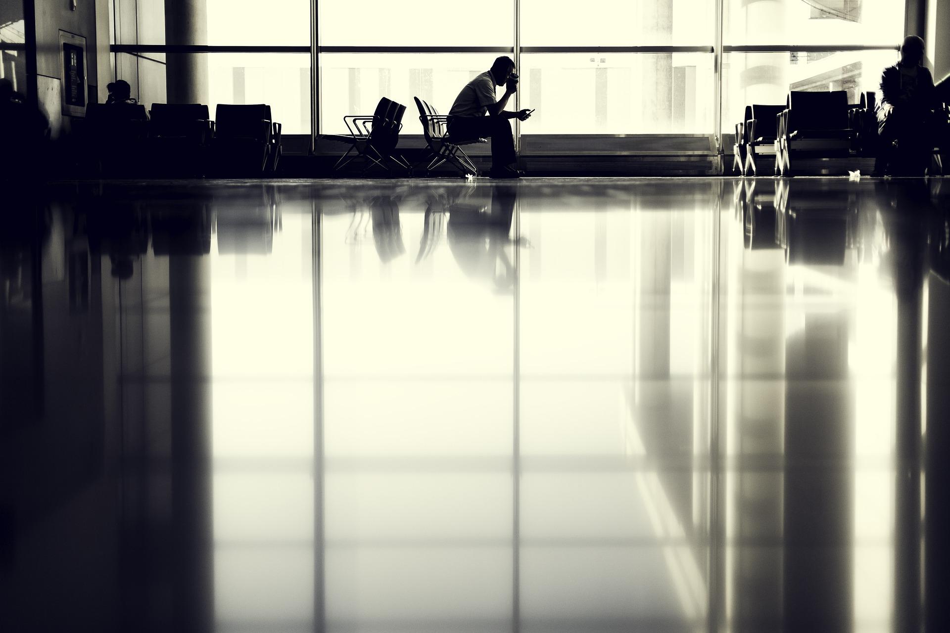 ¿Tienes derecho a ser compensado en tu moneda nacional por la cancelación o retraso de un vuelo?