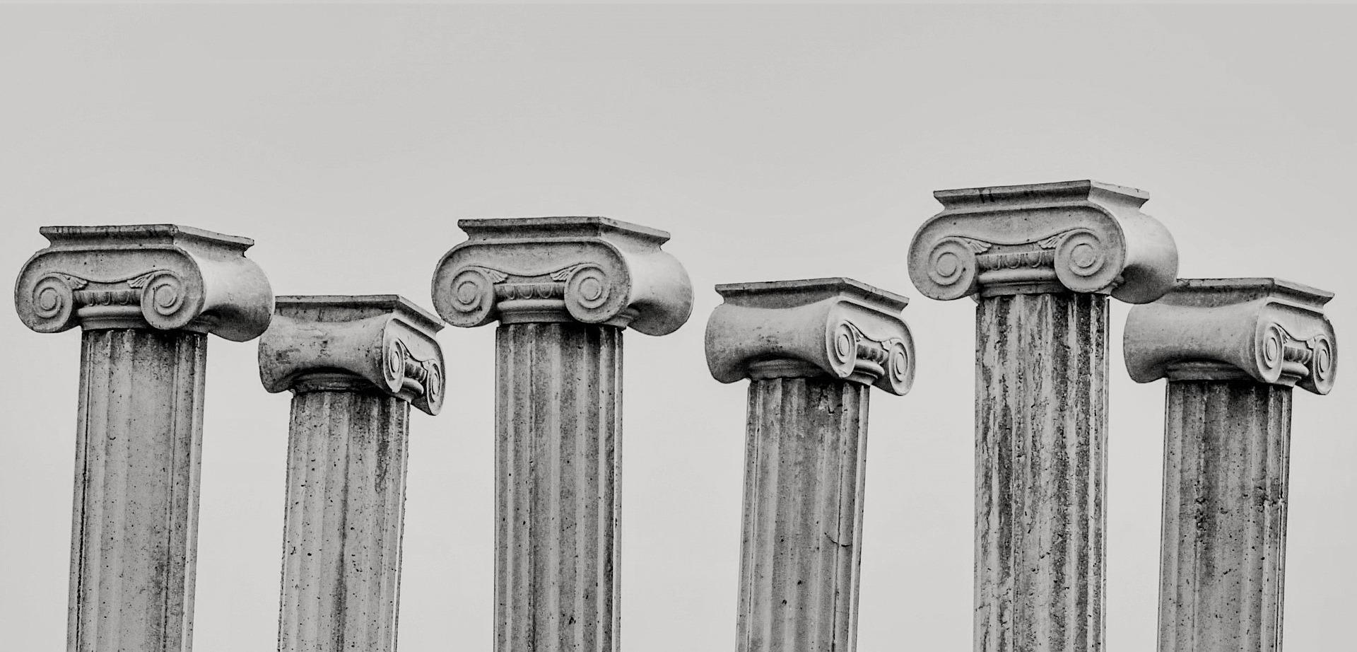 pillar-capitals-2135682_1920