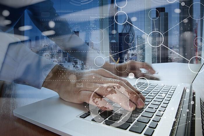 ELZABURU amplía sus servicios de vigilancia en internet