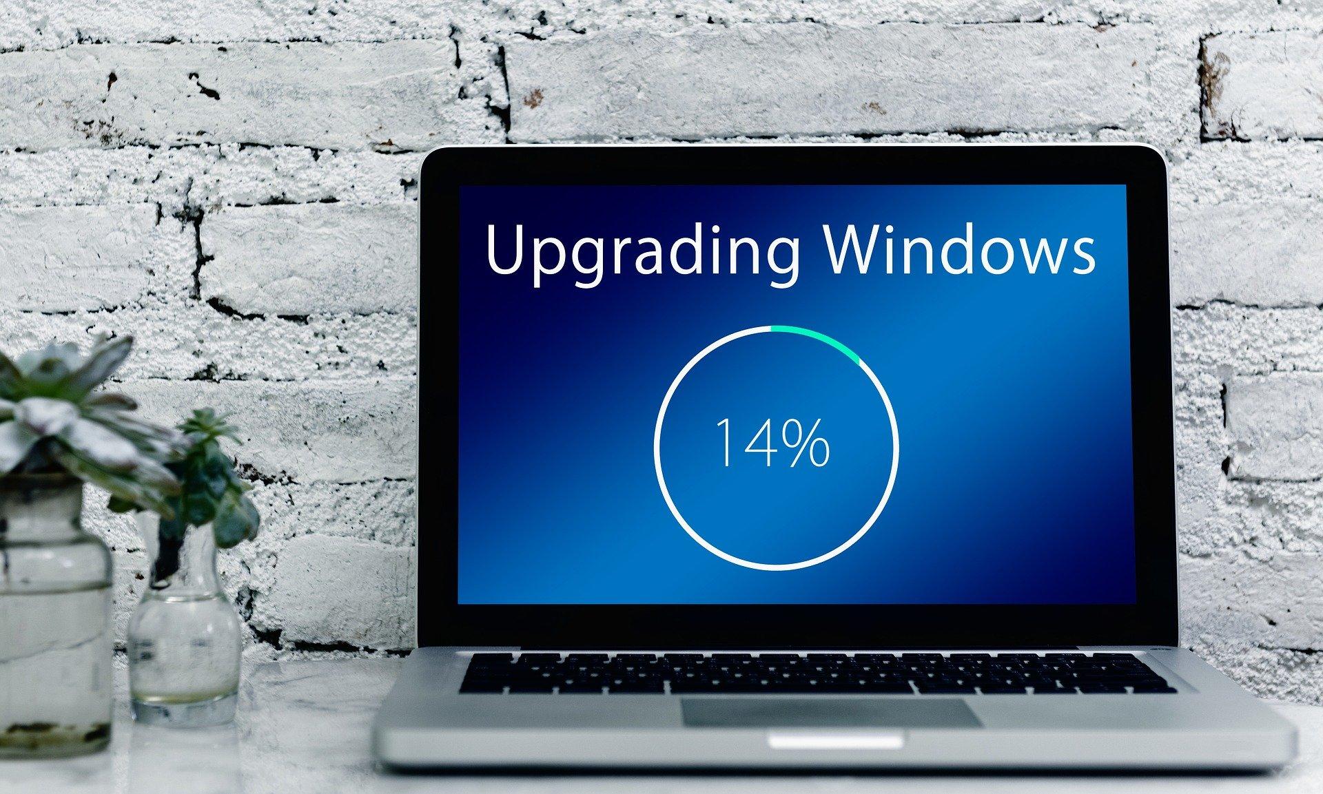 Reconocido el derecho a repetir un examen a una opositora tras sufrir una actualización de Windows