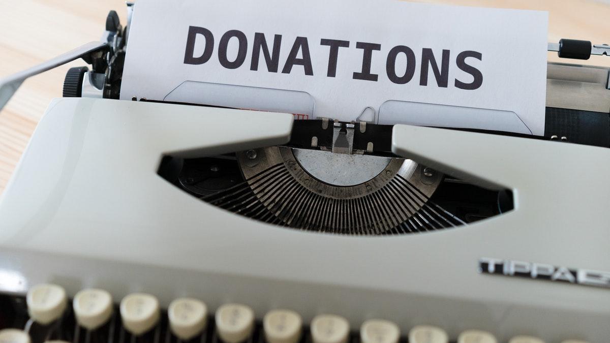 ¿Qué me compensa más, transmitir mis bienes por herencia o por donación en vida?