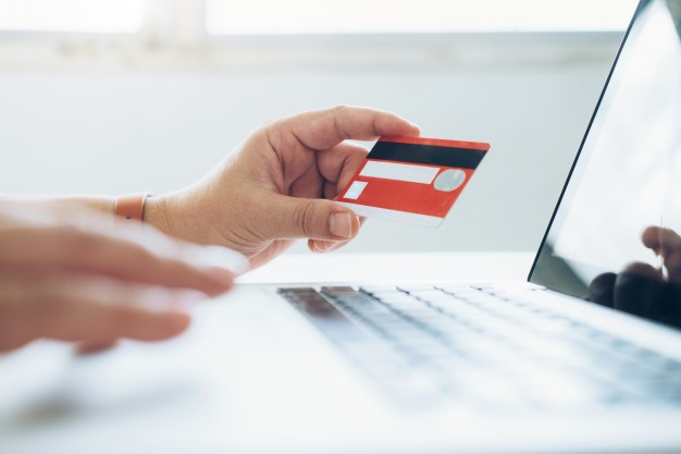 business-online-shopping-concept-people-shopping-pay-by-credeit-card_1421-100