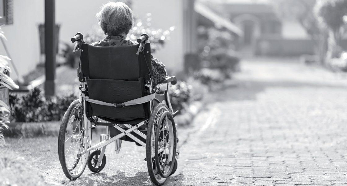La nueva ley que se debería crear para defender y proteger los derechos de las personas de la tercera edad