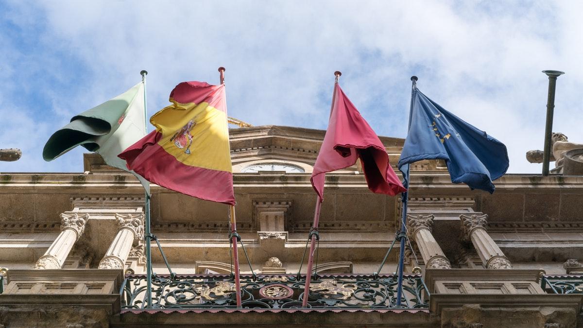 España deberá introducir las lenguas cooficiales en los procedimientos judiciales
