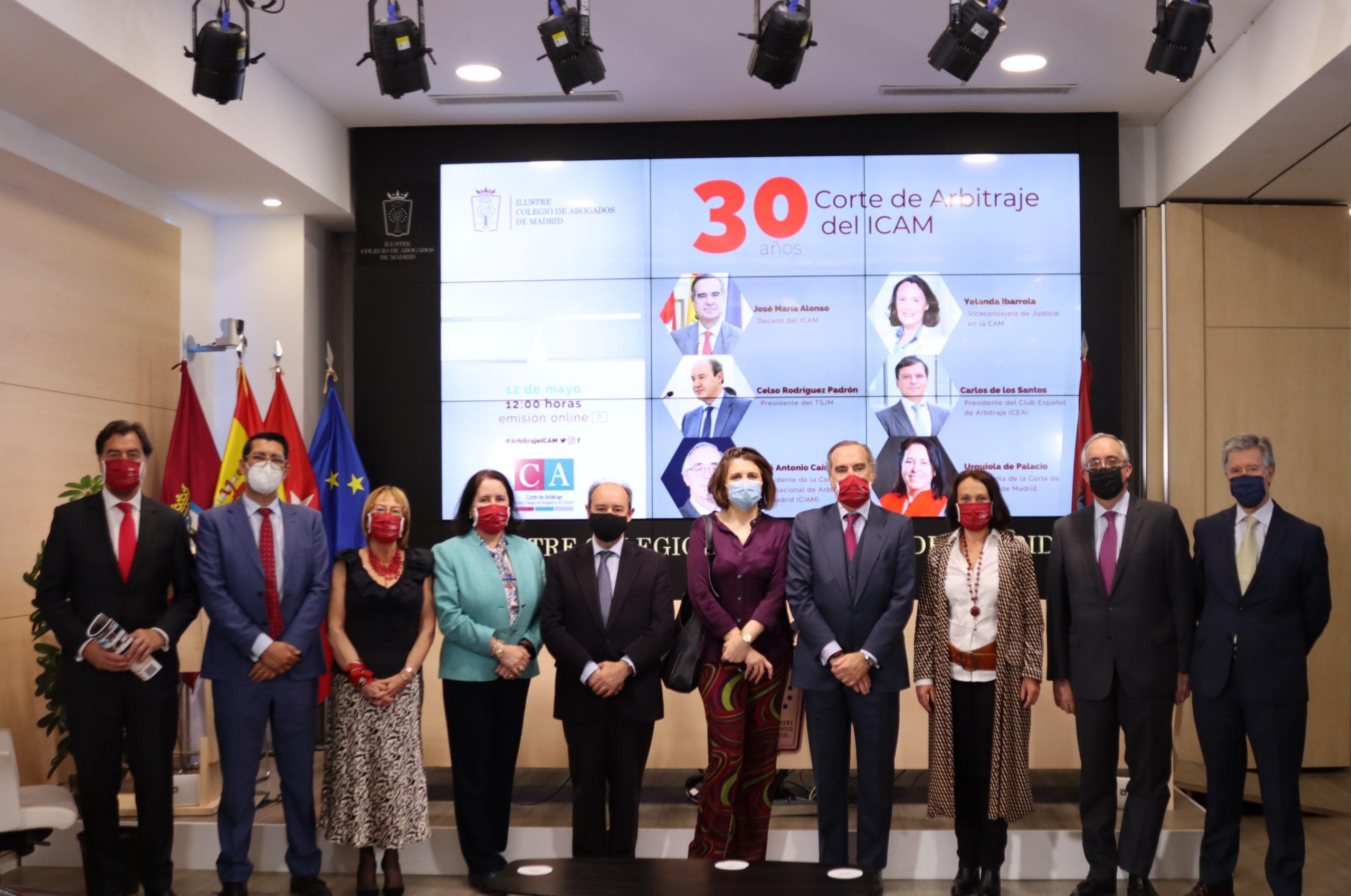 Juristas y políticos abogan por el arbitraje para reactivar la economía y la marca España